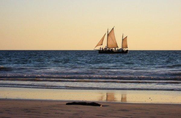 Tramonto Cable Beach Broome Australia