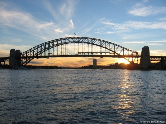 Tramonto sull'Harbour Bridge di Sydney