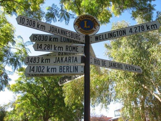 Cartelli distanze Alice Springs