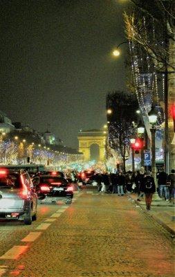Les Champs-Élysées Parigi