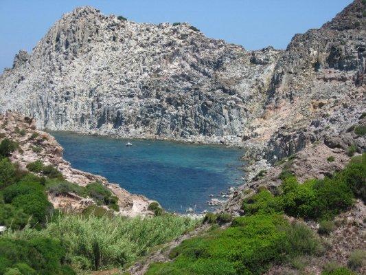Spiaggia Cala Fico isola San Pietro Sardegna