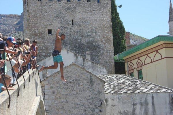 Gara tuffi Stari Most Mostar