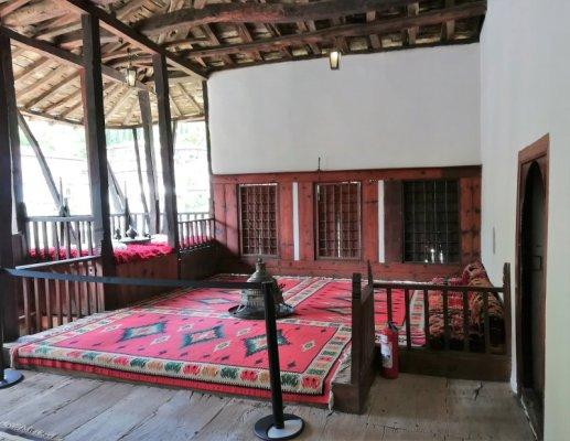 Verone esterno nel Museo Etnografico Berat Albania