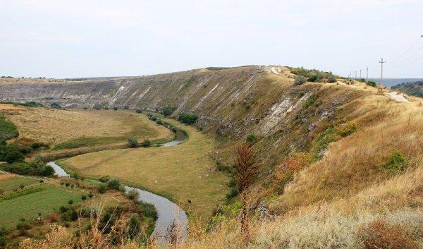 Vallata del fiume Raut Orheiul Vechi Moldova