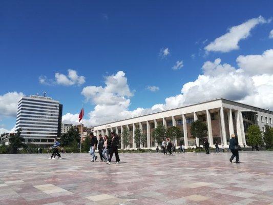 Palazzo della Cultura a Tirana