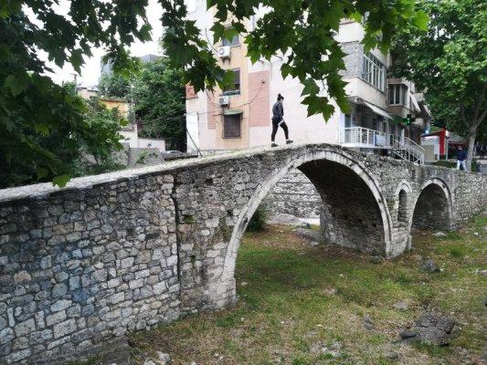 ponte dei Conciatori Tirana