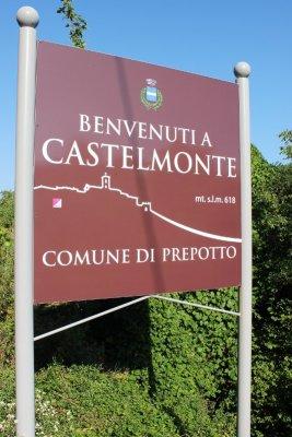 Borgo di Castelomonte comune di Prepotto