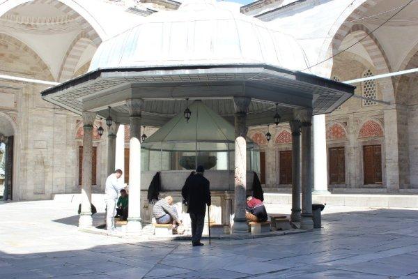 Fontana abluzioni Moschea Şehzade Istanbul