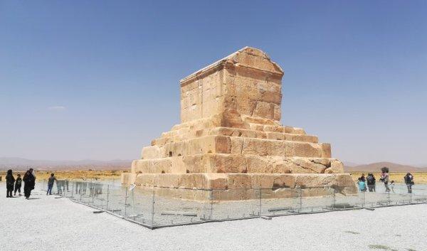 Tomba di Ciro a Pasargade Iran