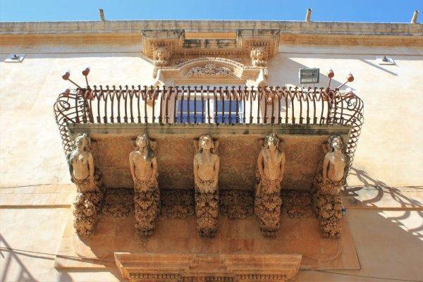 Palazzo Nicolaci a Noto Sicilia