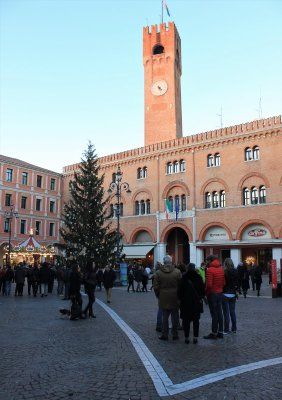 Il Palazzo del Podestà con la Torre a Treviso