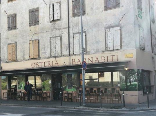 Edificio che ospita la osteria Ai Barnabiti di Udine