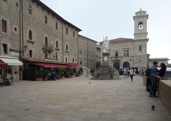 La piazza della Libertà di San Marino