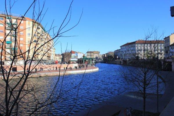 Una panoramica della Darsena di Milano