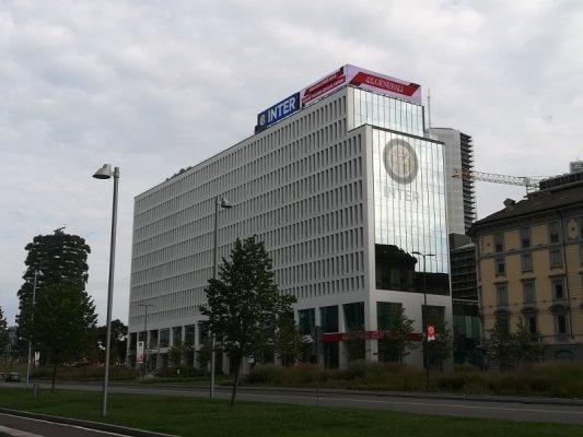 L'edificio The Corner a Milano