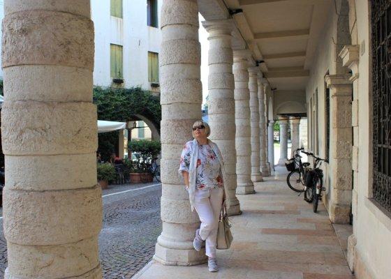 I sotto portici di Palazzo Beltramini ad Asolo