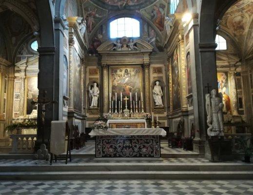 Cappelle della Chiesa di San Michele Arcangelo a Badia Passignano Toscana