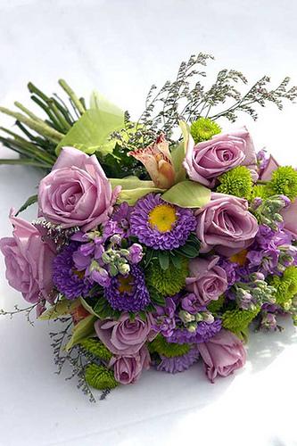 purple wedding flowers boquet | wedding colors