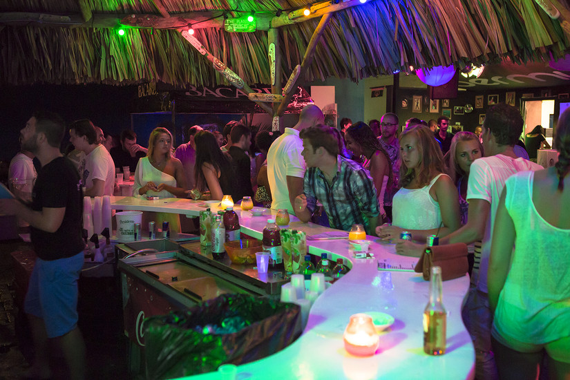 Curacao Nightlife - Outside Seating