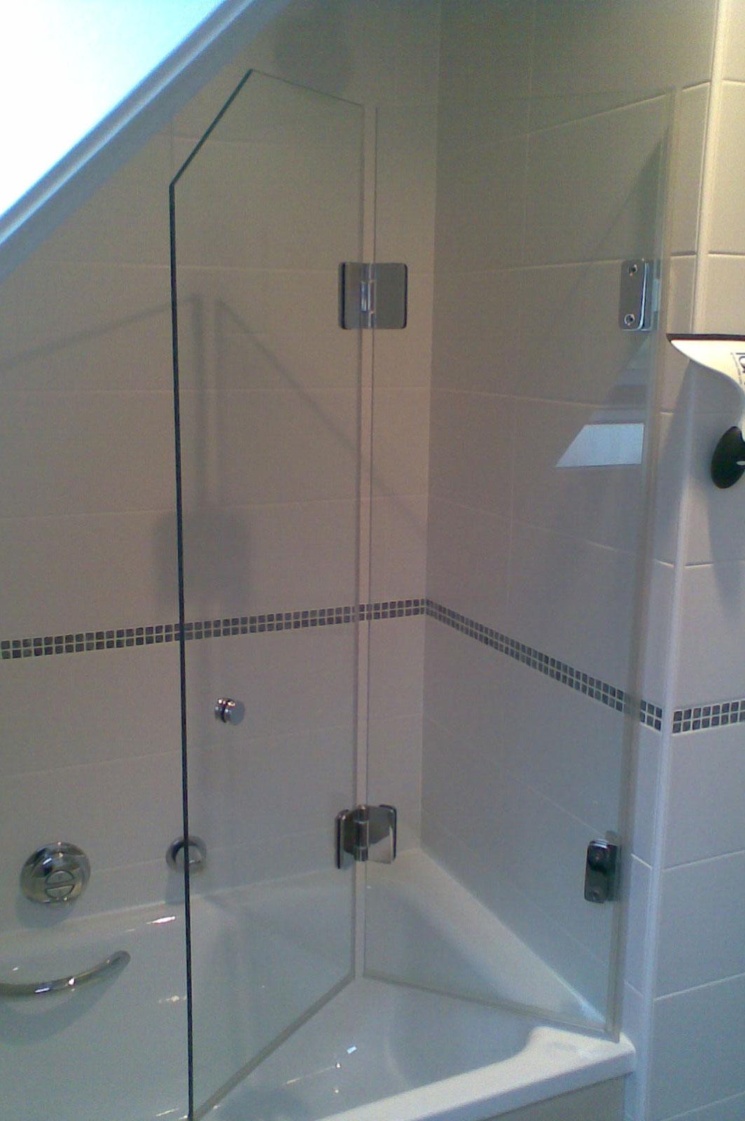 Frameless Folding Shower Screens Bi Fold Shower Screens