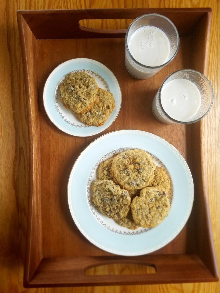 An easy chocolate chip oatmeal cookie recipe to make for you family.