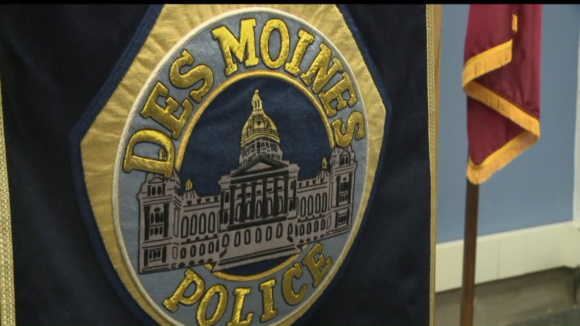 Des Moines Police Officer Tests Positive for COVID-19