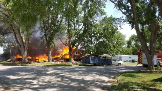 Fire destroys mobile home, damages second in Perry 9