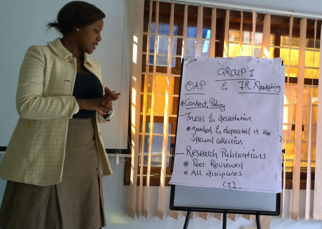 A student presents the results of the group work discussion on how to structure open access policy and carrying out open access advocacy campaign in Zambia