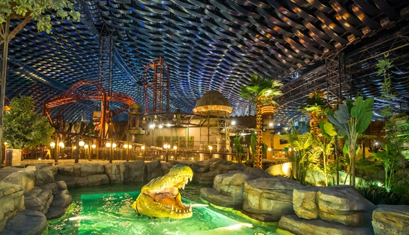 L'interno del parco a tema IMG Worlds of Adventure a Dubai