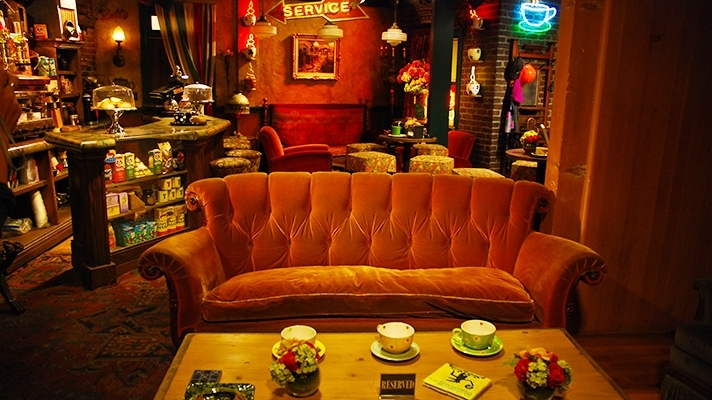 "La caffetteria Central Perk di ""Friends"" al Warner Bros. Studio Tour Hollywood di Los Angeles"