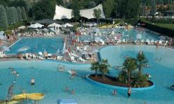 Aperture e prezzi dei parchi acquatici estate 2018 in Italia