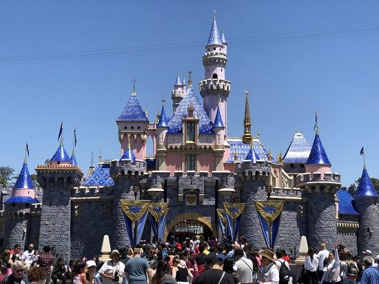 Lista delle attrazioni e spettacoli di Disneyland Park in California