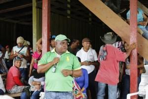 Borlyn Valencia, representante del Consejo Comunitario de La Larga Tumaradó