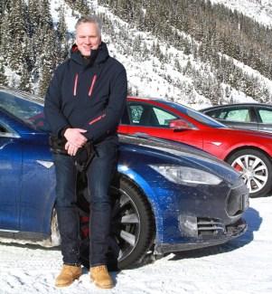 Test im Schnee mit Teslas Model S