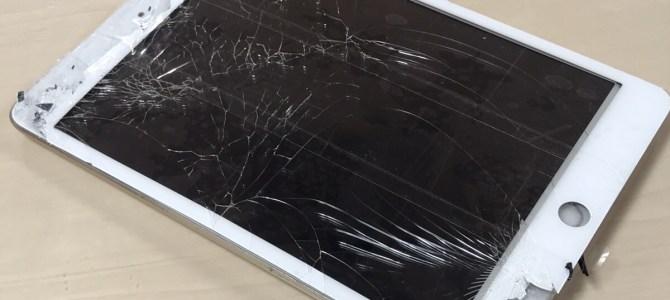 iPadmini2 フロントパネル交換 江別市より「机から落としたら・・・」