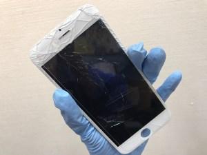 ガラスが割れたiPhone6フロントパネル交換