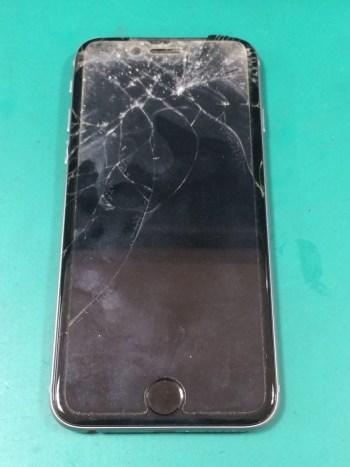 iPhone6修理前29/02/11