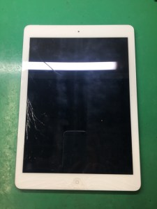 iPadmini4ガラス割れ1226
