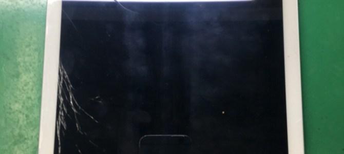 【iPadmini】ガラス割れ修理 iPhone修理専門店アイフォンクリア札幌伏古ブログ2017/12/26