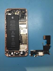 iPhoneSEライトニング交換0115