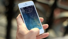 Five Ways Pixel 2 XL Beats iPhone X