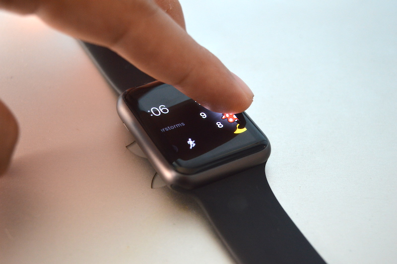 Simple Ways to Change and Customize Watch Faces on Apple Watch
