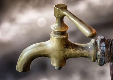 rusty tap water