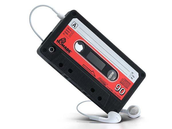 Custodia iphone 4 forma musicassetta