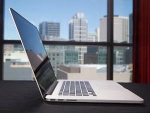 macbook-pro-retina-bug-display