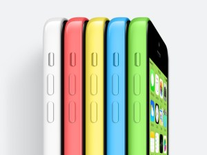 Il nuovo iPhone 5C ha venduto bene durante il Black Friday USA