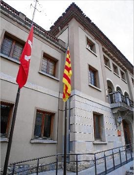 La Bandera en el Ayuntamiento de la Bisbal