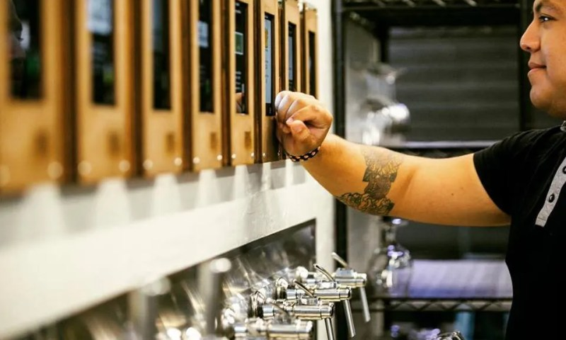 first draft kitchen + taproom mpls ipourit minnesota monthly