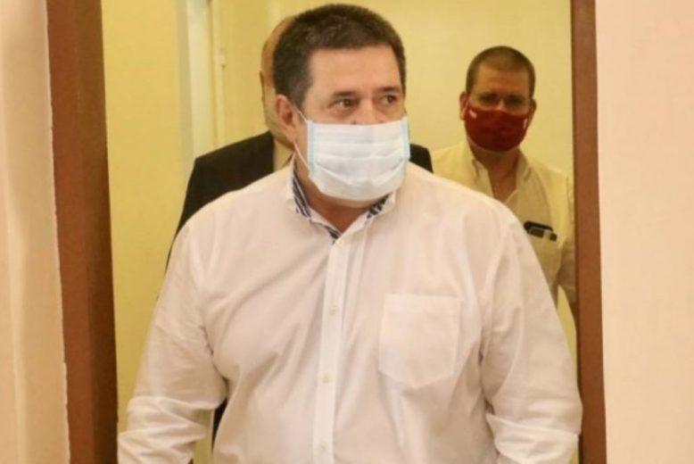 Horacio Cartes da positivo al Covid-19 confirmado por su doctor de cabecera