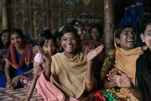 Young Rohingya girls are given life skills education in the camps of Cox's Bazar through modules adapted by UNFPA for the refugee camps. (Image: UNFPA Bangladesh/Allison Joyce)